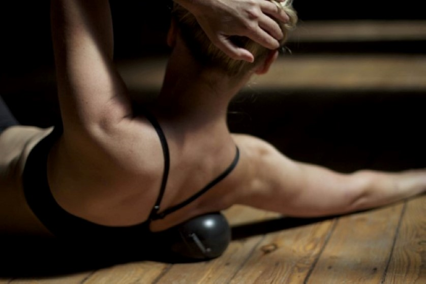 thumbnail image for Yamuna Body Rolling Workshop – Shoulders and Upper Back with Nichi Green