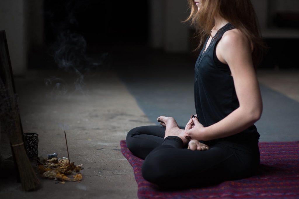 thumbnail image for A Yoga Journey through Pranayama to Padmasana with Lianne Daly